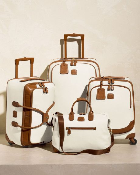 Bagajul pentru zboruri low-cost: cum îl pregătim