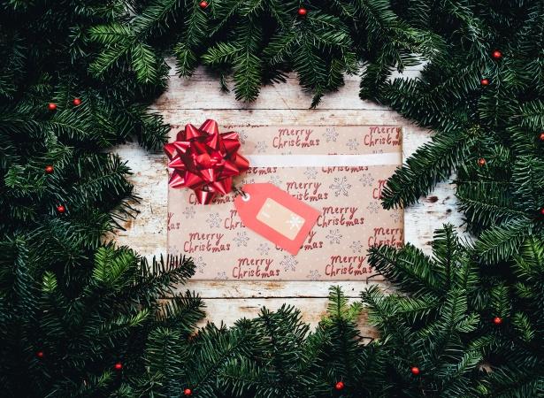 Cadouri de Crăciun pentru pasionații de călătorii